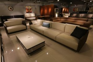 leather lounges in Melbourne